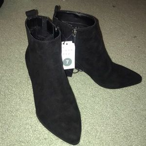 NWT black suede booties size 7
